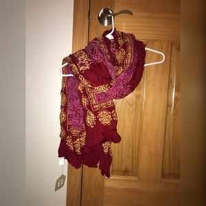 NEW World Market scarf